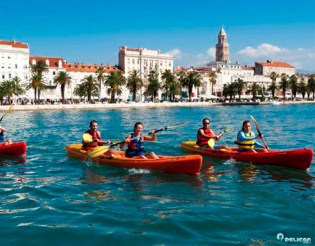Kayaking Tour Family Time