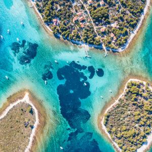 Krknjasi-bay-on-the-Blue-Lagoon-tour-from-Split