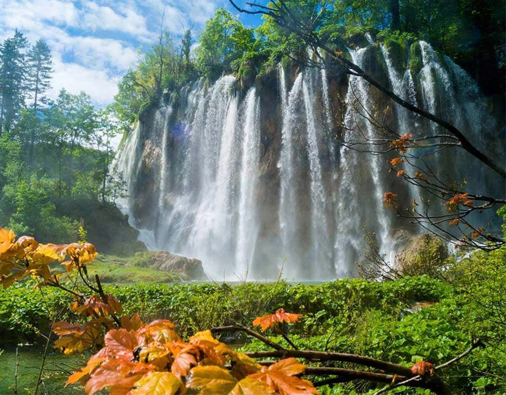 Plitvice Lakes Private Tour Beautiful Waterfalls